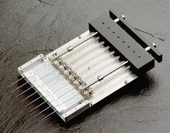 8-канальный шприц для загрузки образцов в гель