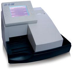 Анализатор мочи CL-500 производительностью 500 тест-полосок в час